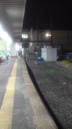 新津駅0番線