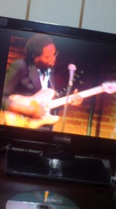 このギターもいいよね。